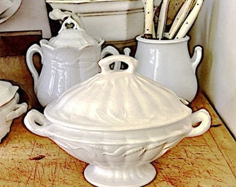 Antique English White Ironstone Sauce Tureen, Staffordshire, Wilkinson, Embossed Wheat, Small Tureen, Lidded, Footed, P