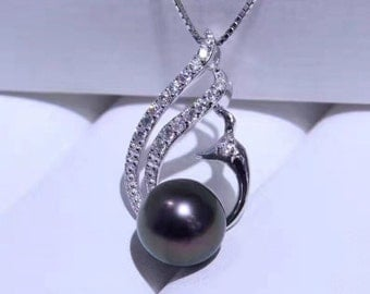 Sterling silver and peacock pearl pendant necklace with silver chain- Luxurious black pearl silver pendant necklace - One pearl necklace