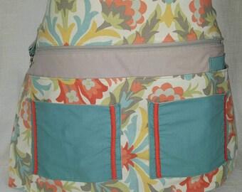 Apron/ sale apron/ utility apron/ crafters apron/ server apron/ money belt.