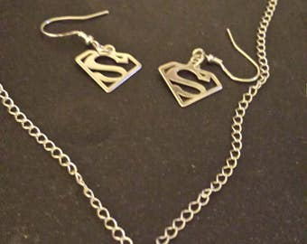 925 sterling silver Superman/Supergirl necklace and earrings