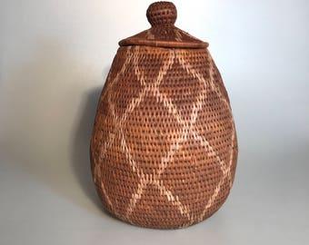Hand Woven Vintage African Zulu Ukhamba Basket