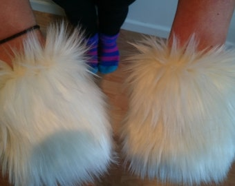 One Luxury Pair of Ivory Furry Wrist Cuffs Wristlets Cute Cosy Cosplay Elasticated Winter