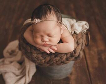 Newborn Bump Blanket, Chunky Knit Bump Blanket, Layering Blanket, Basket Filler, Basket Stuffer, Fall Newborn Prop, Carrot cake
