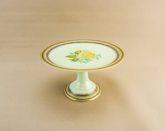 Bone China Victorian Gift Floral Medium CAKE STAND Antique Tactile White Table Dinner English Late 19th Century LS