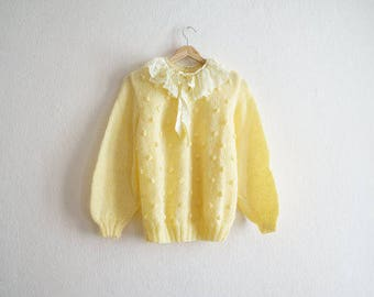 Vintage 1960s Sweater / Vintage Handmade Sweater