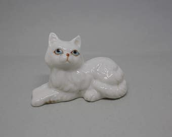 Mid-Century White Porcelain Cat