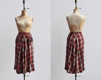 Rolling Rock Skirt / 1940s plaid skirt / vintage wool fringe midi skirt