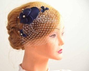 Navy blue birdcage veil with fascinator Birdcage veil in navy blue  Bridal veil clip Wedding fascinator Wedding hair accessories Hair pin