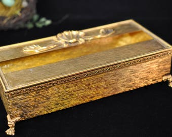 Beautiful Gold Tissue Box , Vintage, Kleenex box,Shell and scroll work, Very Nice Condition, Tissue Holder, metal, Antique,1960's #2109