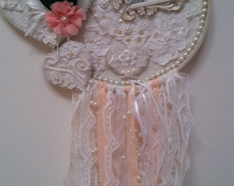 Shabby chic wall hanging Hearts and Pearls