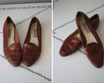 1980's Slip-On Loafers // Burgundy Leather // Size 8