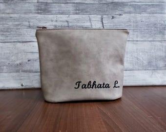 Shaving case, Toiletry bag, Personalized dopp kit, Woman cosmetic pouch, Makeup, Groomsman, Wedding, Mens travel bag,  Gray vegan leather