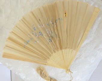 Beautiful 1920's French Hand Painted Fan