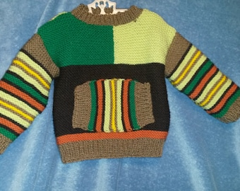 Size 3T colorful sweater with crew neck and front pocket