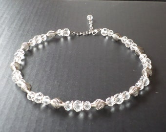 Crystal and metal choker necklace