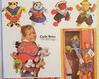 Vintage Simplicity Crafts Pattern 7929 to Make Accessories for Beanbag Animals, BackPack, Bed Caddy, ClothesNew, UNCUT / Factory Folded