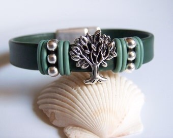 Forest Green Leather Tree of Life Bracelet - Item R6242