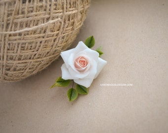 Vintage rose brooch, Vintage roses accessories, White Peach roses, Handmade brooch, Fimo flowers, Floral Brooch, Polymer clay, Ready