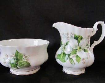Royal Albert Trillium Small Creamer and Sugar Bowl