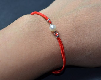Bracelet freshwater pearl red cord