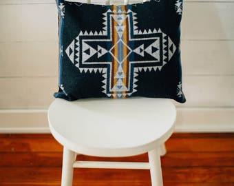 Southwestern Pillow Cover in Pendleton Wool, Cabin pillow, Mountain house Decor, rustic Pillow cover, throw pillow, black pillow, gray