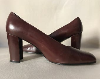 STUART WEITZMAN pumps / square toe shoes / brown leather classic pumps / vintage heels / US 8 / square