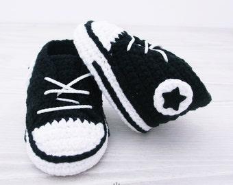 Black crochet baby Converse, baby shoes, baby sneakers, black baby booties, Converse style, baby converse shower gift newborn baby BB102-C20