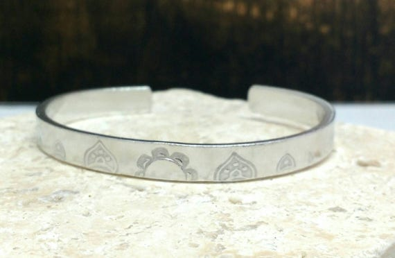 Mandala pattern handstamped hippie boho bracelet - adjustable - handstamped - aluminium, copper, brass or sterling silver
