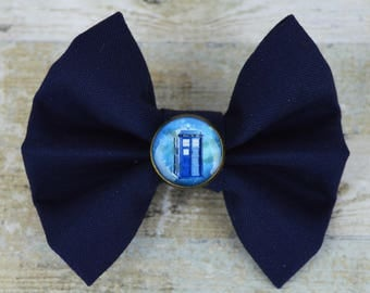 TARDIS Doctor Who Inspired Picture Bow