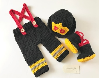 Crochet fireman baby outfit / photo prop / baby firefighter outfit / baby gift