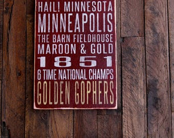 University of Minnesota Golden Gophers Distressed Wood Sign--Great Father's Day Gift!