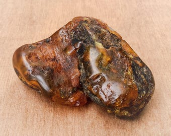 Amber - old amber bead - old baltic amber - old piece of amber - rough amber - genuine amber -