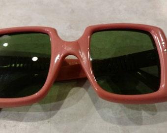 Vintage Marilyn Monroe style sunglasses