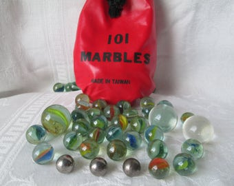Vintage Marbles, 101 Marbles Bag with Cats Eye Marbles, Steel Marbles and Shooter Marbles