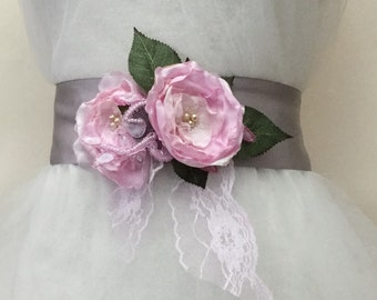 Bridal sash belt, pink flower sash belt, grey bridal sash, grey sash belt, bridal belt,