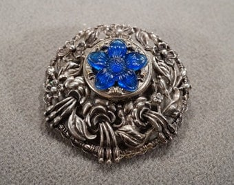 Vintage Retro Style Silver Tone Glass Stone Floral Design Round Pin Pendant Charm Brooch Jewelry -K#73