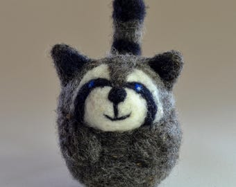 Raccoon ornament, needle felted decoration, present for nature lover