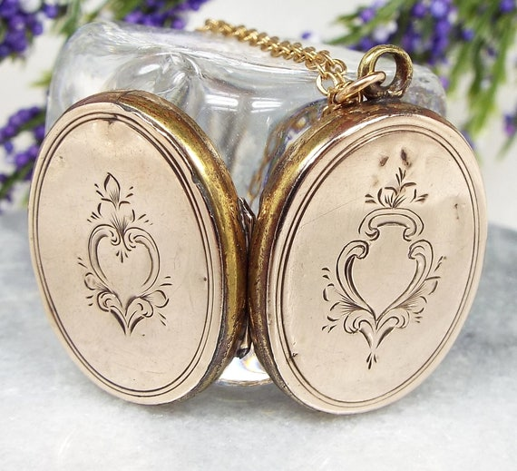 Vintage / Edwardian 9ct Gold Ornate Engraved Oval Locket Pendant Necklace