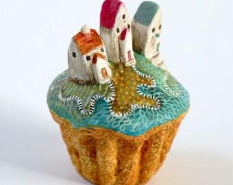 Cupcake City | Handmade minature island | Scultpture | Mixed media | Houses | Miniature | Diorama | Village