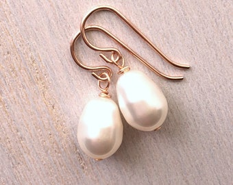 Rose Gold Pearl Earrings, Rose Gold Bridesmaid Earrings, Bridesmaids gift, Rose Gold wires
