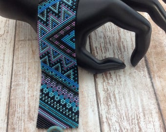 Peyote  bracelet, geometric , peyote stitched bracelet, handmade bracelet, geometric peyote bracelet, multi color peyote bracelet