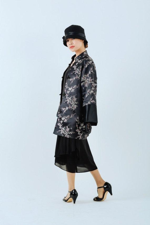 Retro Vintage Style Coats, Jackets, Fur Stoles 1920s oriental jacket Miss Fisher jacket Great Gatsby jacket Downton Abbey jacket 20s clothing art deco jacket $145.00 AT vintagedancer.com