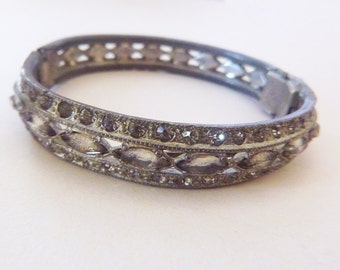 1920s Art Deco flapper pot metal paste pave rhinestone bangle bracelet