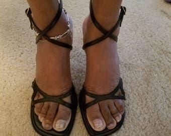 Classic CHARLES DAVID Heel Sandal shoes  size 7 1/2 B