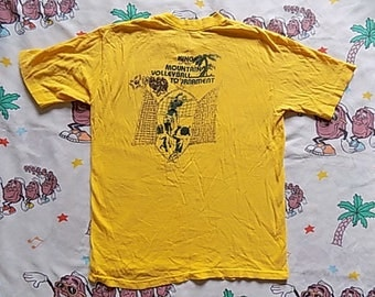 Vintage 80's King of the Mountain Volleyball Tournament T shirt, size Small 1980 Vail Colorado