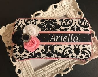 Black & white Damask w/pink trim travel wipe case