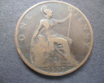 Great Britain 1899 one penny coin, Queen Victoria, an ideal gift or for craft or jewellery making in good used (circulated) condition.