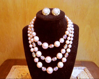 Gorgeous vintage signed blush pink champagne faux pearls necklace and clip earrings set - estate jewelry