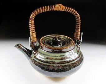 Large Seto-ware Dobin Style Tea Pot, Koedo
