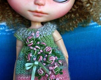BLYTHE DOLL Dress - OOAK - Garden Delight - variegated knit dress with dimensional embroidery  & french knots